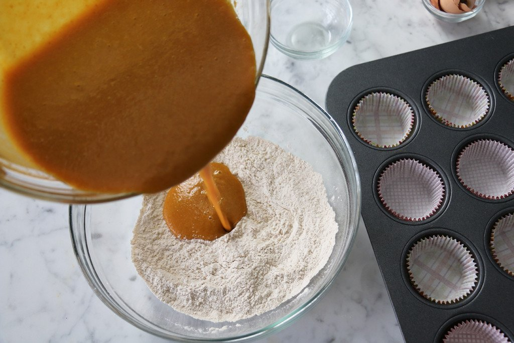 Pumpkin Cinnamon Cupcakes 6