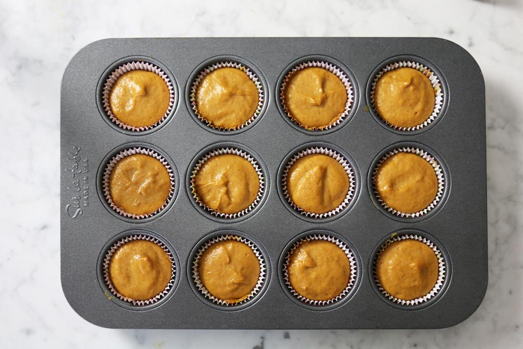 Pumpkin Cinnamon Cupcakes 8