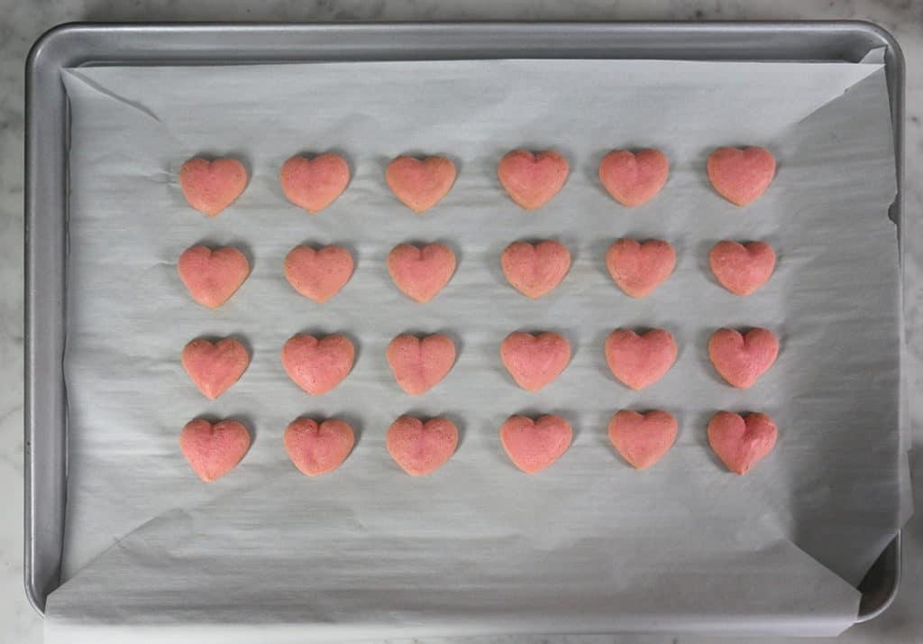 Heart Macaron 13