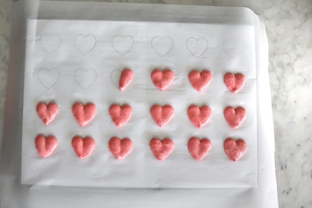 Heart Macaron 8