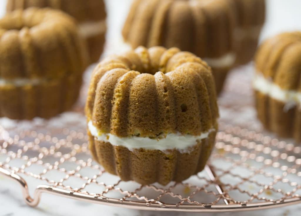 pumpkin-cakes-3