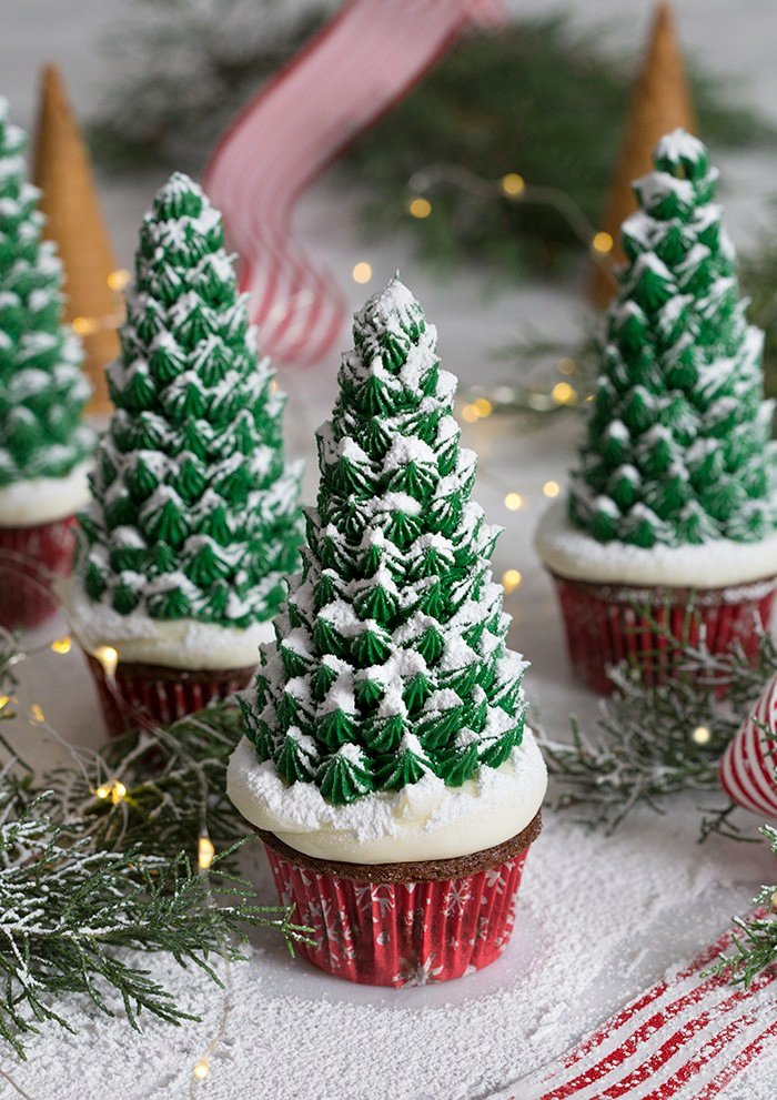 Christmas Tree Cupcakes - Preppy Kitchen