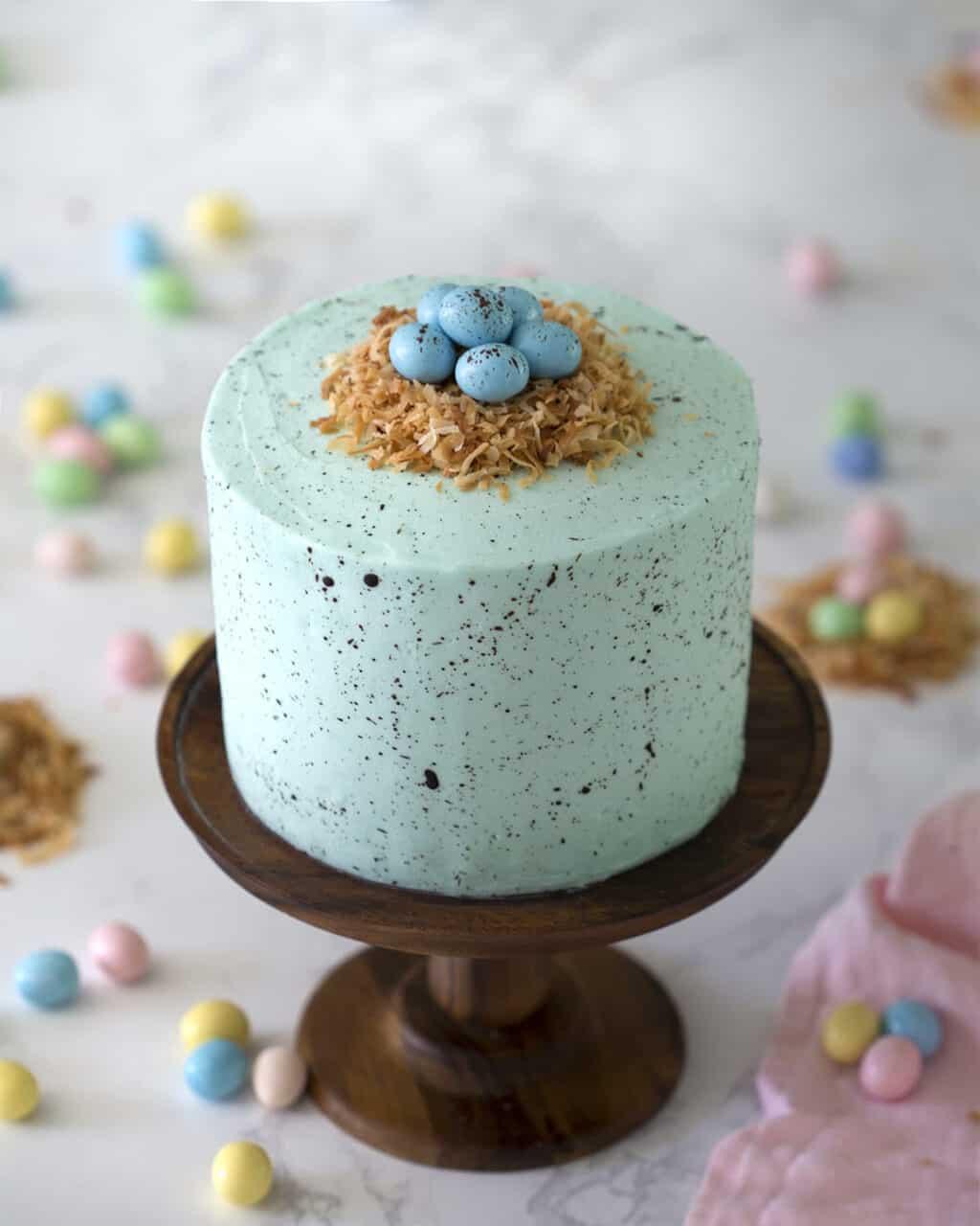 Kitchen Design Cake: Easter Egg Cake