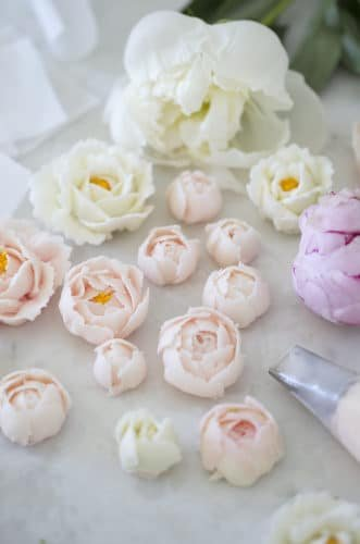How to Make Buttercream Flowers