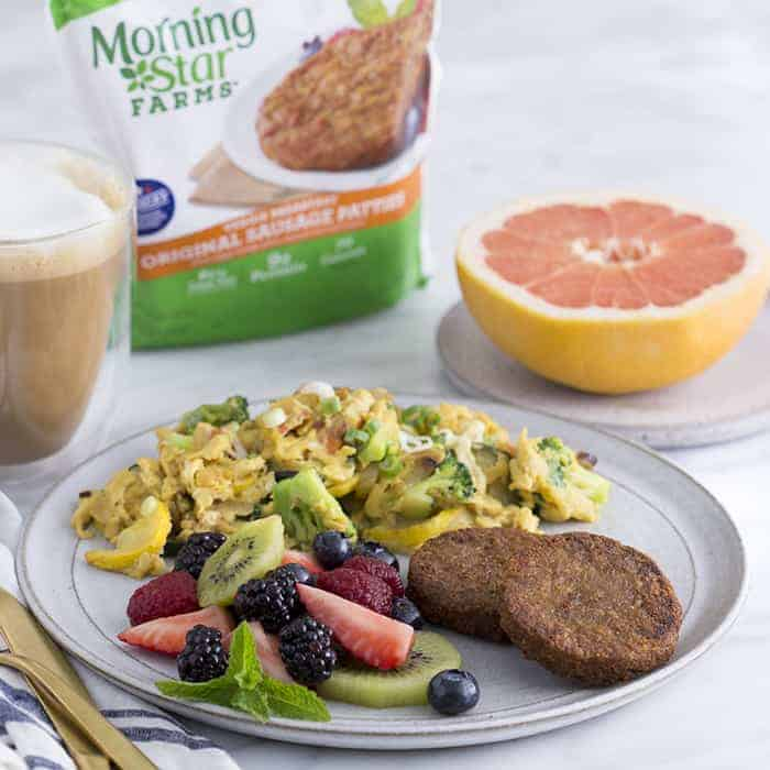 A photo of a veggie scramble served with morningstar patties