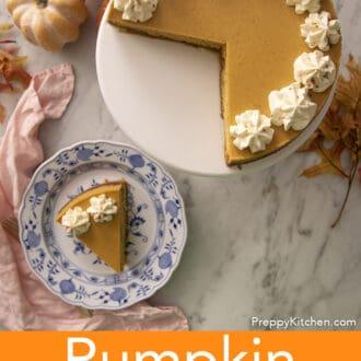 A top down shot of a pumpkin cheesecake.