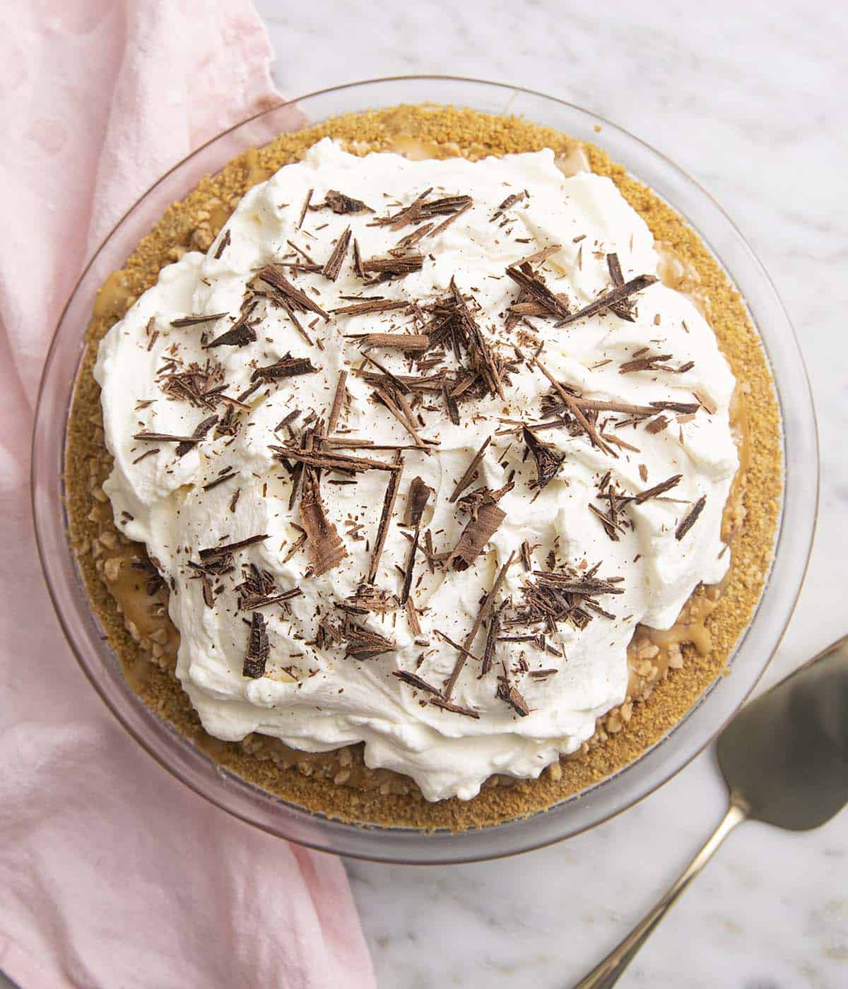 A banoffee pie with a Graham cracker crust