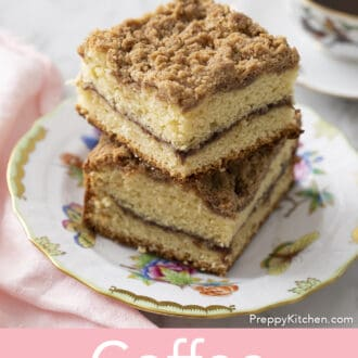 Coffee cake with a streusel topping Coffee cake with a streusel topping