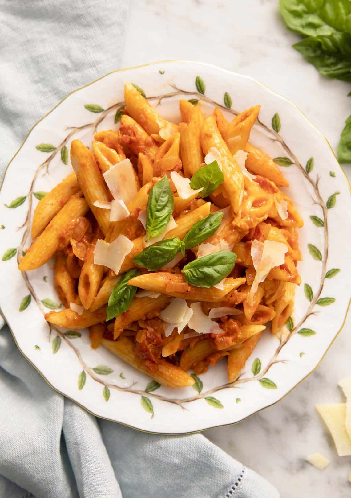 A portion of penne alla vodka on a plate.