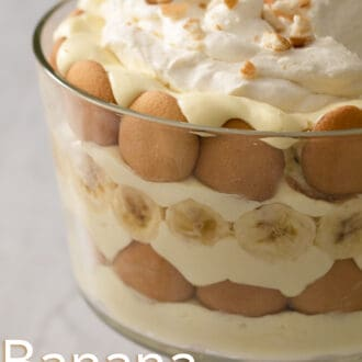 Banana pudding in a glass trifle dish