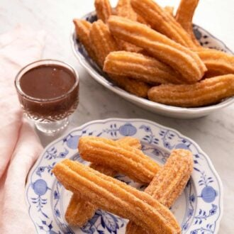 A pinterest graphic for homemade churros