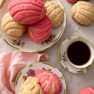 A pinterest graphic of Pan Dulce
